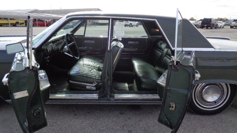 1965-Lincoln-Continental-American Classics--Car-100922494-5b86f3a3aa293395f1f679d523745ed7